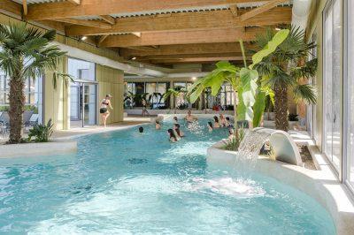 piscine interieure camping la capricieuse